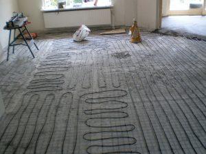 Aanleg elektrische vloerverwarming in een woonhuis