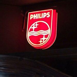 Reclamebord voorzien van ledverlichting in stadionbar De Aftrap, Eindhoven